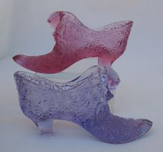 2 Fenton Art Glass Shoe, Cat Slippers in the Daisy & Button Pattern
