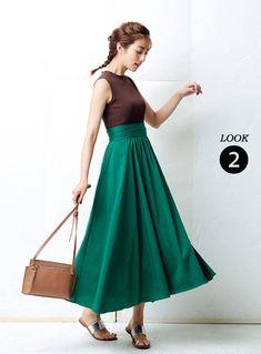 グリーンのスカートの堀田茜