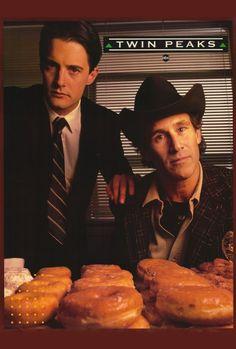 Twin Peaksといえば、コーヒーとドーナツ、そしてチェリーパイ。