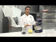 Dicas da Chris 3: Fazendo Buttercream de Merengue - YouTube