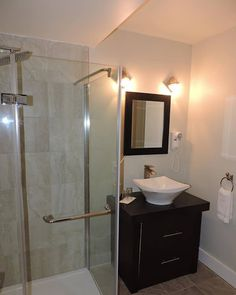 Did we mention the bathroom with glass shower in our Signature King Room at Auberge et Spa Beaux Rêves? This will make you never want to leave. Visit our website for more information! Spa, Romantic Room, Glass Shower, Rooms, King, Website, Mirror, Bathroom, Furniture