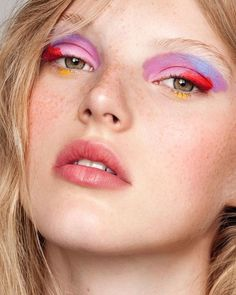 May 2020 - various makeup and beauty looks for day-to-day inspiration. See more ideas about Makeup, Makeup inspiration and Makeup looks. Makeup Trends, Makeup Inspo, Makeup Art, Makeup Inspiration, Hair Makeup, Makeup Ideas, Eyeshadow Makeup, 60s Makeup, Makeup 2018