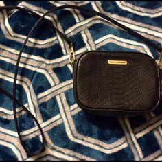 Rebecca Minkoff cross body bag Faux snake skin Rebecca Minkoff cross body bag Rebecca Minkoff Bags Crossbody Bags