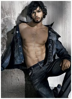 Marlon Teixeira Rocks Killer Osmoze Denim