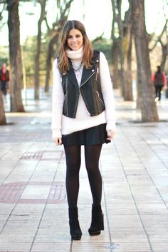 trendy_taste-look-outfit-street_style-blogger-madrid-fashion_spain-moda_españa-look_chupa_cuero-look_rockero-motero-chaleco_cuero-leather_vest-botines_negros-black_booties-zara-polaroid-10