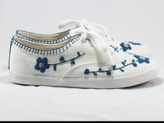 Handmade embroidery sneakers