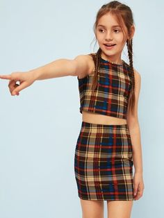 To find out about the Girls Crop Plaid Tank Top & Skirt Set at SHEIN, part of our latest Girls Two-piece Outfits ready to shop online today! Dresses Kids Girl, Cute Girl Outfits, Kids Outfits Girls, Cute Outfits For Kids, Tween Clothes For Girls, Summer Outfits, Girls Fashion Clothes, Tween Fashion, Teen Fashion Outfits