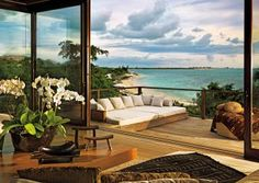 Exotic Outdoor Space by Bonetti/Kozerski Studio and Cheong Yew Kuan in Parrot Cay, Turks and Caicos Islands