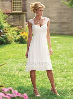 A-Line/Princess Sweetheart Knee-Length Chiffon Mother of the Bride Dress With Ruffle (0085060316) - Vbridal