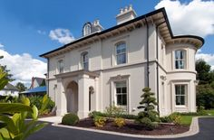 Find home projects from professionals for ideas & inspiration. Elegantly proportioned city house nestled into a Conservation Area by Des Ewing Residential Architects Liberty House, Conservation, Residential Architect, Property Design, Georgian Homes, Villa, New Builds, Future House, Beautiful Homes