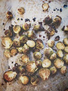 Karppaajan Mangojuustokakku - ku ite tekee Paleo, Keto, Lchf, Sprouts, Vegetarian Recipes, Stuffed Mushrooms, Snacks, Vegetables, Stuff Mushrooms