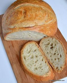 reteta paine pufoasa de casa pas cu pas Healthy Eating Recipes, Cooking Recipes, Helathy Food, Cooking Bread, Romanian Food, Tasty, Yummy Food, Vegan Meal Prep, Pastry And Bakery