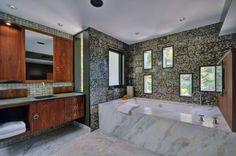 30 Amazing Asian Inspired Bathroom Design Ideas