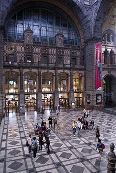 Central Railway Station - Antwerp, Belgium
