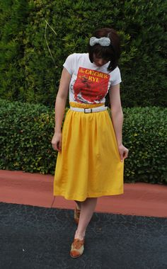 T-shirt and skirt.  Lovelovelove :)