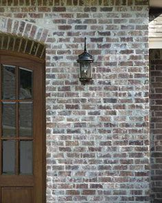45 Stylish Exterior Paint Colors Brown Brick Ideas To Try Today Stained Brick Exterior, Brown Brick Exterior, Brown Brick Houses, Rustic Brick House Exterior, Brick Exteriors, Whitewash Brick House, Brick Siding, Exterior Trim, Exterior Design