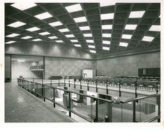 Biblioteca Luis Ángel Arango, salón de lectura y exhibición / Paul Beer / 1969 / Colección Museo de Bogotá: MdB 24687 / Todos los derechos reservados