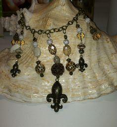 My new Fleur-de-lis  necklace in gold tones