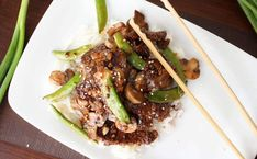 Deliciously savory and easy to make. try this Asian Beef with Sugar Snap Peas tonight! Like your favorite take-out meal, but WAY better! Veggie Recipes, Asian Recipes, Low Carb Recipes, Real Food Recipes, Cooking Recipes, Healthy Recipes, Healthy Diners, Bruchetta Recipe, Meat Love