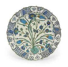 an_iznik_pottery_dish_ottoman_turkey_circa_1560_d5551035h