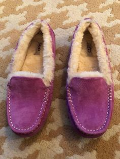 ade6920e317 27 Best Slippers images in 2019