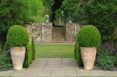 steps and huge pots