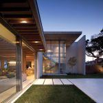 The brief called for a relaxed family holiday beach house on the North Coast of KwaZulu Natal, South Africa. The building has been sensitively. Kwazulu Natal, Beach House, Architecture, Building, Outdoor Decor, Design, Home Decor, Luxury Houses, Beach Homes