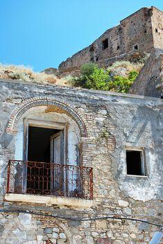 Craco (Matera) Basilicata, Italy #Yamadu for your vacation rental in Italy https://www.yamadu.it