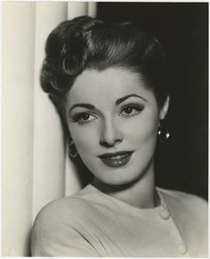 Gorgeous. Eleanor Parker.