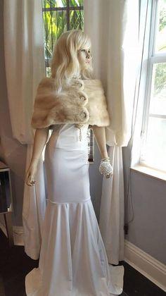 Luxury Vintage Mink Fur Stole Bridal Fur Wrap Cape | Etsy Cinderella Wedding, Princess Wedding Dresses, Dream Wedding Dresses, Winter Wedding Fur, Making A Wedding Dress, Vintage Bridal, Vintage Fur, Fur Stole, Mink Fur