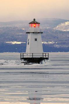 Burlington Breakwater North Light, Vermont