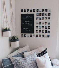 This Minimalist Dorm Room Makeover Is Absolutely Beautiful . Minimalist Dorm Decorating Ideas Along With Compact . 20 College Dorm Room Ideas To Channel Your Inner . Home and Family Cute Room Ideas, Cute Room Decor, Picture Room Decor, Diy Room Ideas, Diy Storage Ideas For Bedrooms, Cheap Room Decor, Photo Wall Decor, Photo Room, Photo Mural
