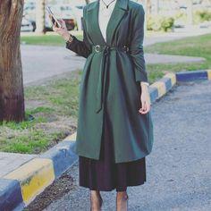 """467 Likes, 5 Comments - Abaya Show (@abaya_show) on Instagram: """"• @style__show @abaya_show…"""""""
