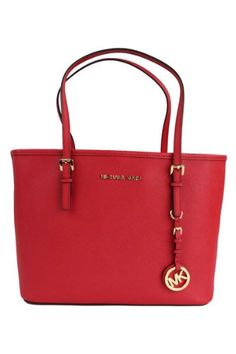 Michael Kors Small Jet Set Travel Tote | Traveling Of Life #fashion #women #bags #shoes #clothing