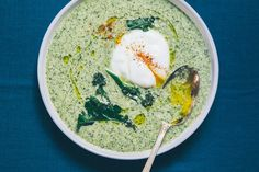 Broccoli-Leek Soup with Basil Pesto. A creamy, comforting soup for drizzly days. Love that I can whip up a pot of this in 30 minutes flat.