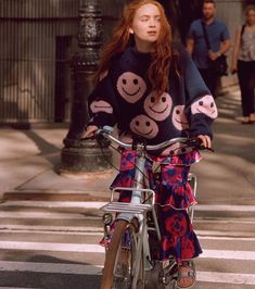 Sadie Sink for Teen Vogue Magazine - July 2019 Pretty People, Beautiful People, Sadie Sink, Teen Vogue, Vogue Magazine, Seventeen Magazine, Millie Bobby Brown, Girl Crushes, Mannequins
