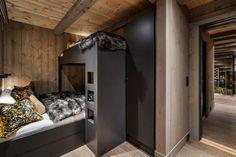 KØYESENGER. LHM 4. LHM Interior Bunk Beds, Loft, Cabin, Interior, Furniture, Bad, Home Decor, Little Cottages, Modern