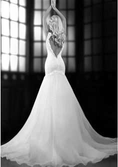 Beautiful #Wedding Dress! Lace & Organza Over Satin Fit & Flare Mermaid Wedding Dress with a Sexy Sweetheart Neckline, Lace Tank Straps, Lightly Sequined Lace Fitted Bodice Past Hips with a Dropped Waistline, Lightly Padded Bust Cups & Interior Boning, Gathered Organza Mermaid Skirt, Court Train, Scalloped Lace Low Back with Hidden Zipper. #weddingdresses #weddinggowns #beautiful #bride #weddingphotography #laceweddingdresses #fitandflare #mermaidweddingdresses #customdreamgowns…