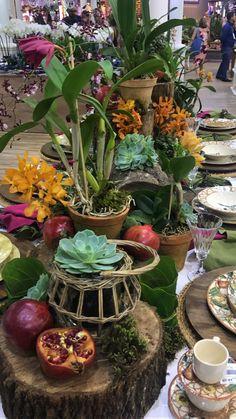 Dining Room Table Centerpieces, Wedding Decorations, Table Decorations, Table Set Up, Fruits And Vegetables, Event Decor, Tablescapes, Floral Arrangements, Buffet
