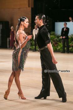 Latin Ballroom Dresses, Latin Dance Dresses, Ballroom Dancing, Dance Comp, Just Dance, Fred Astaire Dance Studio, Baile Latino, Dance Routines, Warrior Girl