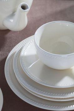 Serwisy obiadowe i herbaciane dla 6 osób - Porcelana,ceramika,szkło,kubki - Villa Italia Tea Cups, Coffee, Tableware, Italia, Kaffee, Dinnerware, Tablewares, Cup Of Coffee, Dishes