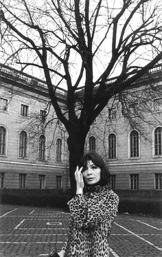 French singer and actress Juliette Greco