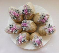 Ideas crochet basket easter projects for 2019 Egg Crafts, Easter Crafts, Diy And Crafts, Spring Crafts, Holiday Crafts, Easter Egg Designs, Easter Projects, Easter Crochet, Ribbon Art