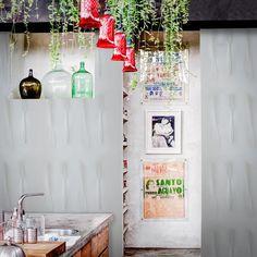 Cutlery Wallpaper by Inka Scandinavian Wallpaper, Scandinavian Design, Pop Art Wallpaper, Designer Wallpaper, Minimalist Wallpaper, Elle Decor, Cutlery, Home Art, Ladder Decor