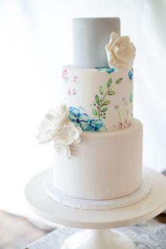 watercolor wedding cake idea; photo: Katherine Miles Jones Photography