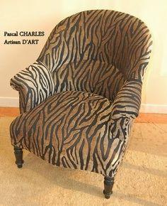 Pascal CHARLES artisan d'Art TAPISSIER COUTURIER du decor : Restauration de sièges anciens : LXIII, LXV, Art Déco, CLUB, ftl Crapaud et divers styles .