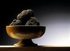 """BLACK TRUFFLE The black truffle, also called """"black diamond"""" is an underground mushroom called scientifically Tuber melanosporum, of which the plant host is the oak. Known since millenium and used in cooks since Antiquity, this marvellous mushroom is particularly required for its perfume and the odor which it communicates to the dishes in which it is incorporates."""