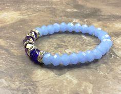 Light blue stretching bracelet