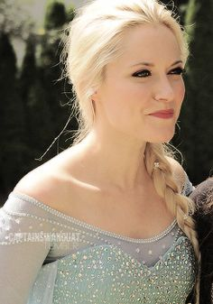 Georgia Haig on set as Elsa. My excitement cannot be contained:-)