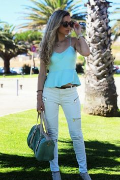 look do dia, ootd, mint green, verde menta, top, lifestyle, guess, casual chic outfit, skinny jeans, off white, branco, creme, zíperes, animal print bag, style statement, tendências, primavera verão 2014, dicas de imagem, blogs de moda portugal, blogues de moda portugueses, primark, zara, bershka, seaside, hm, parfois, macarons, arcádia, bbeach oeiras club